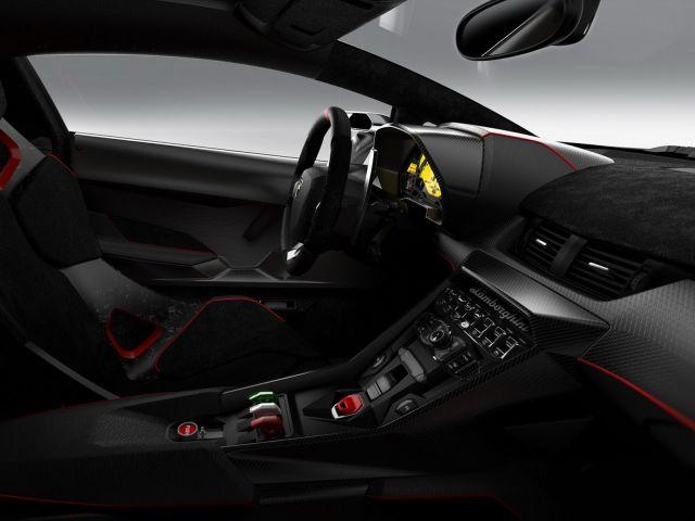 [Resim: alb_61_30_Lamborghini-Veneno-10%5B2%5D.jpg]