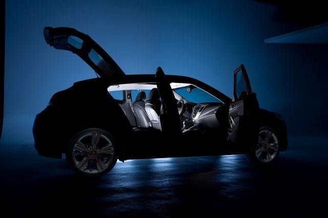 [Resim: alb_68_01_2012-Hyundai-Veloster-11.jpg]