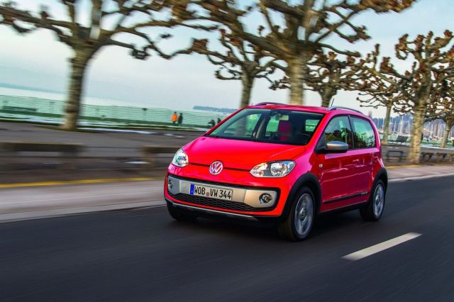 [Resim: vw-cross-polo-12%5B2%5D.jpg]